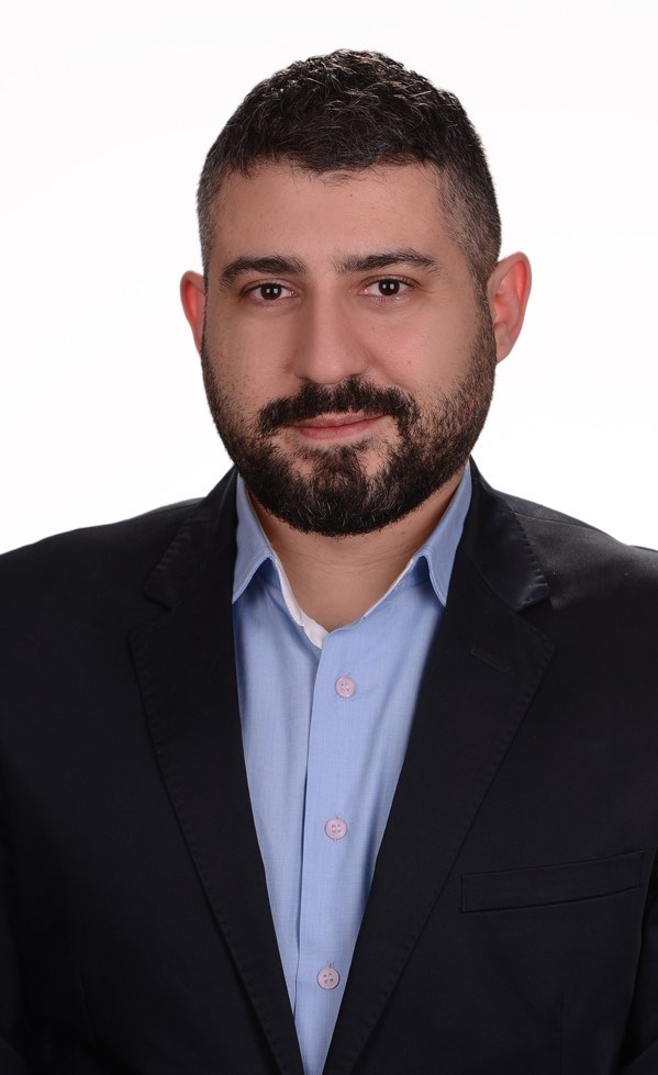 Psikiyatrist Dr. Uğur Hatıloğlu