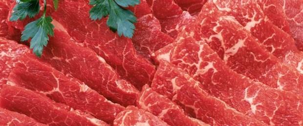Domuz etini boyayıp sattılar