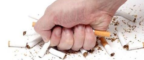 Genç erkekler sigarayı daha kolay bırakıyor