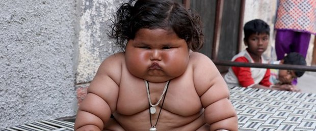 8 aylık Chahat Kumar bebek 17 kilo!.jpg