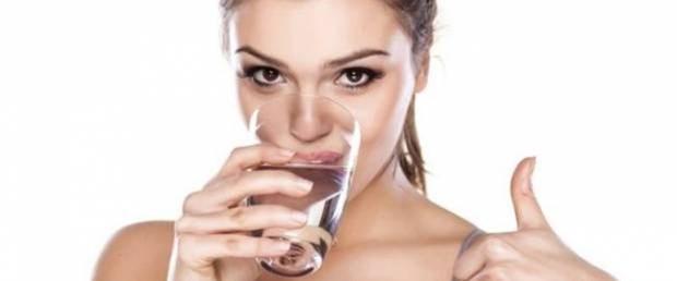 Günde 8 bardak su içmenize gerek olmayabilir.jpg