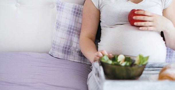 Hamilelikte folik asit kullanımı bebek için hayati önemde