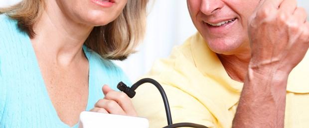 İnatçı hipertansiyona SRD tedavisi