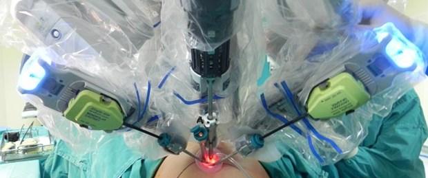 İzmir'deki ameliyat ABD'de canlı yayınlandı