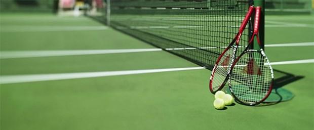 tenis raket.jpg