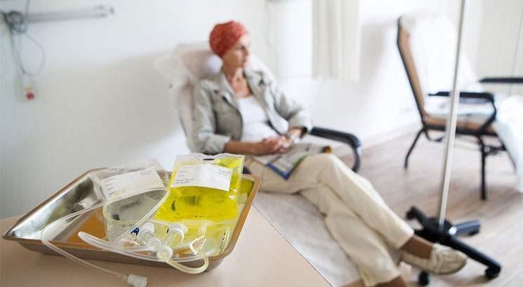 Meme kanserinde uygulanan kemoterapi ajanları hastanın yaşam kalitesini önemli ölçüde düşürebiliyor.