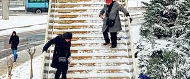 Karda ayakkabı seçimine dikkat