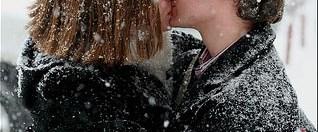 Kış aylarında öpüşmekten vazgeçin!
