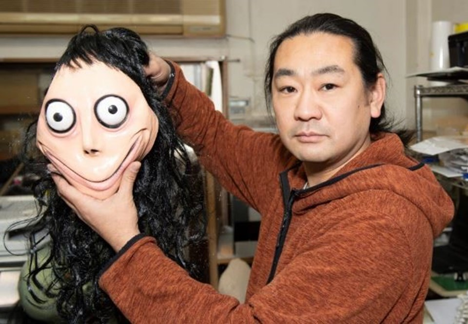 """Japon heykeltraş Keisuke Aiso """"Kuş kadın"""" adını verdiği heykeli ile"""