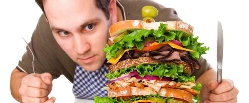 yemek yiyen erkek.jpg