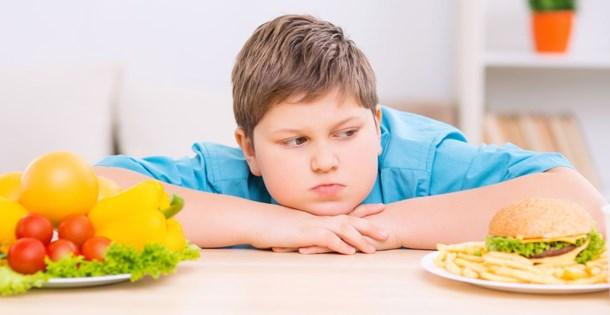 """""""Obez nüfusun 1,8 milyonu 18 yaş altı"""""""