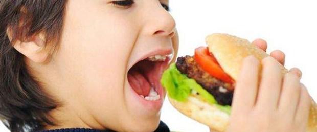 çocuk şişmanlıyorsa mutfakta reform şart.jpg