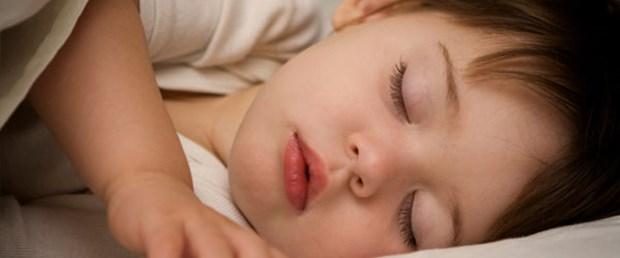 çocuk-uyku---150219