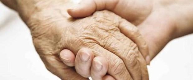 Parkinson hastaları yaşamın içinde kalmalı.jpg