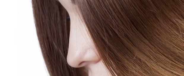 Saçınız dökülüyorsa bir nedeni vardır!