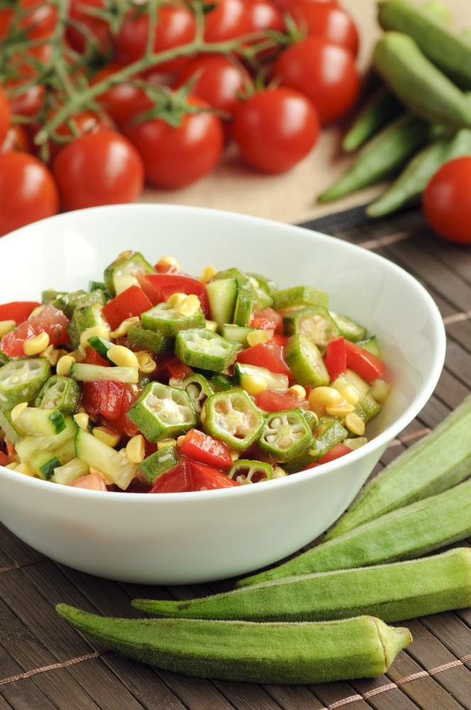 Baklagillerden Oluşan 2 Diyet Salata