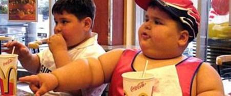 Şekerli içecek önlemi obeziteyi azalttı