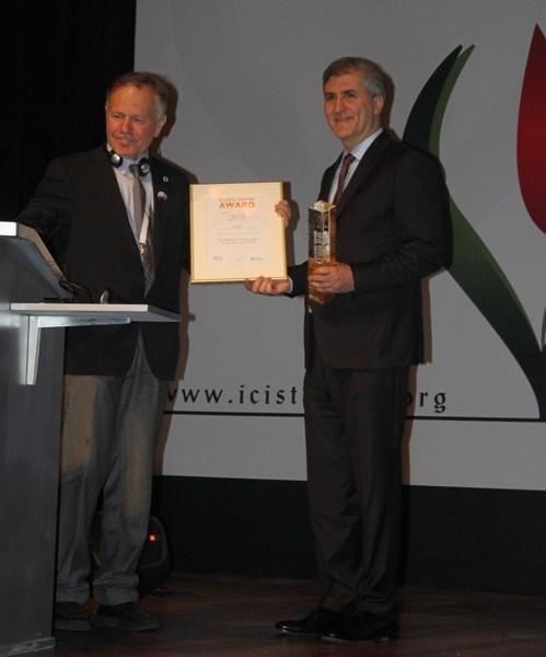 Prof. Konrad Reinhard, Prof. Emin Gümüş