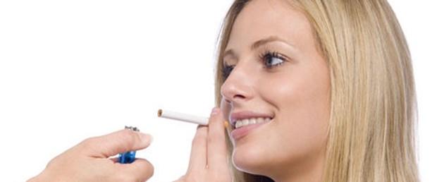 Sigara meme kanseri riskini artırıyor