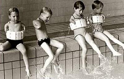 """Talidomid nedeniyle anomaliyle dünyaya gelen çocuklara """"flipper babies (yüzgeçli bebekler)"""" denmişti."""