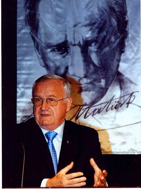 TBV Başkanı Timur Erk