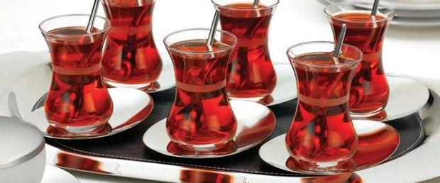 Çay sevgisi dişleri vuruyor.jpg
