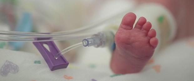 Vegan çiftin bebeğine devlet el koydu (.jpg