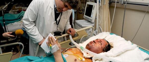 Yüz nakli yapılan hasta yoğun bakımdan çıktı