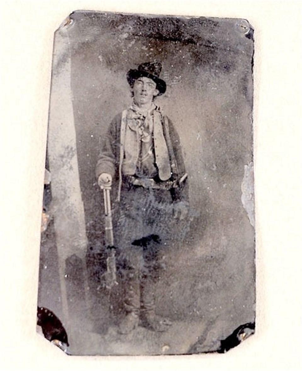 Billy the Kid'in bilinen ilk fotoğrafı
