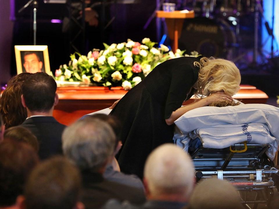 Hasta yatağıyla cenazede