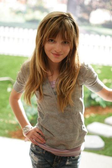 Bella Thorne, Bella Thorne kimdir, Bella Thorne filmleri, Bella Thorne fotoğrafları