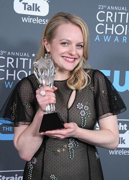 The Handmaid's Tale, Emilia Clarke, Angelina Jolie, Sinema, Critics' Choice Awards 2018, Eleştirmenlerin Seçimi Ödülleri, Sanat, Sinema, Altın Küre