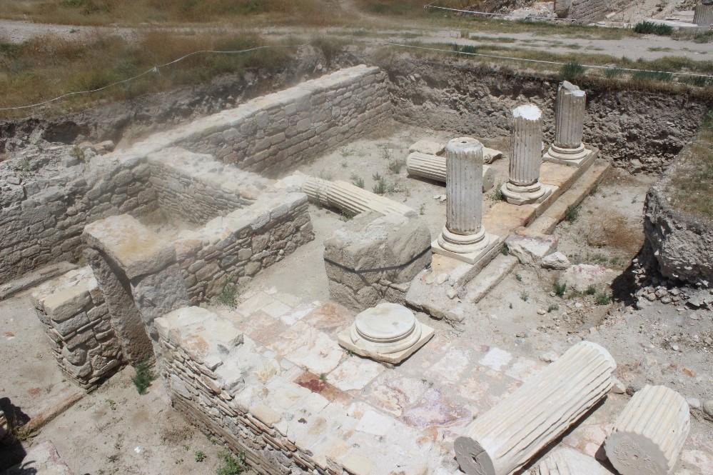 300 yıl devam edecek kazı çalışmaları başlıyor (Tripolis Antik Kenti)