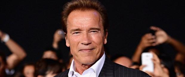 Arnold Schwarzenegger: Terminatör'ü izlerken gözlerim doldu
