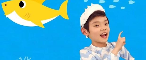 baby sharkkk.jpg