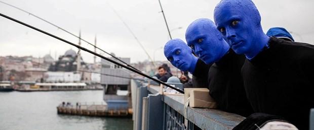 blue-man-group-istanbul-harika-bir-sehir-seyircisi-de-heyecan-verici_2637_dhaphoto1.jpg