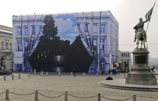 Çirkin binalar sanat eserine dönüştü
