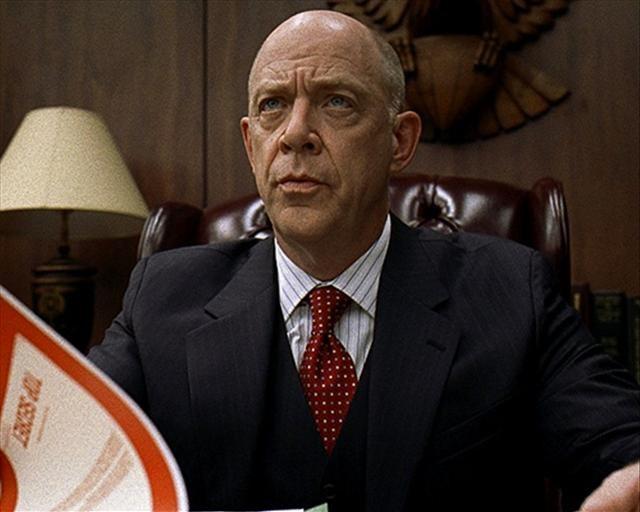 CIA üstü düzey yöneticisi- Aramızda Casus Var (2008)
