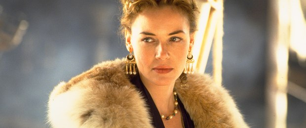1476367072_gladiator_connie_nielsen_.jpg