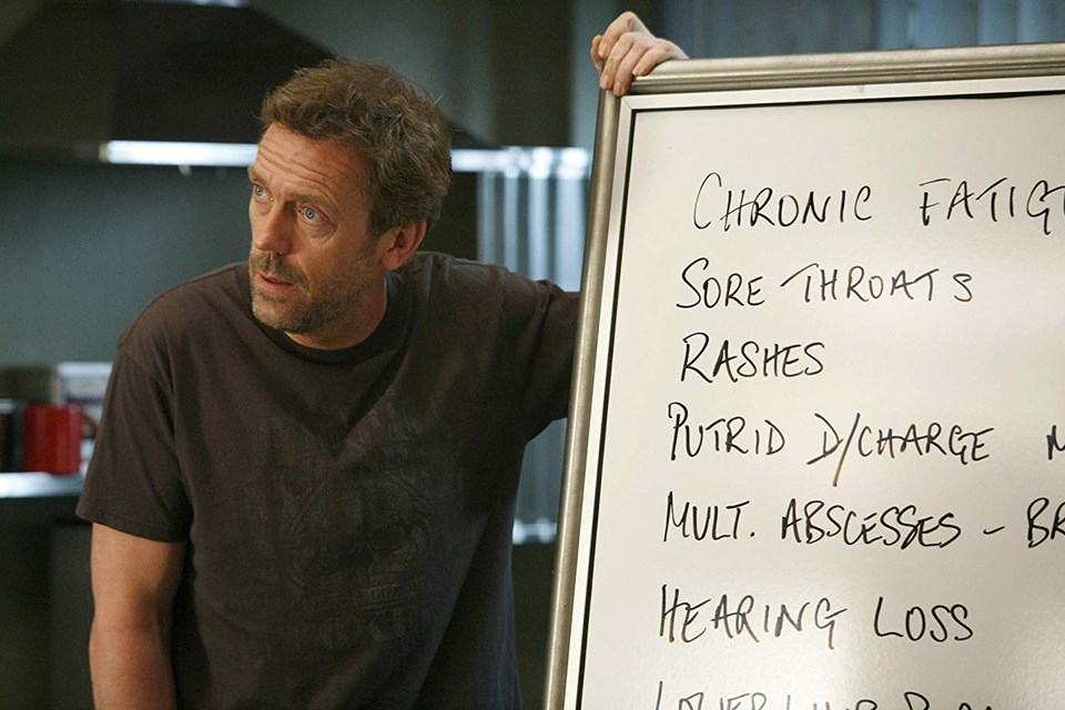 Hugh Laurie House rolüyle 2006 ve 2007'de iki kez Altın Küre ödülü kazandı.