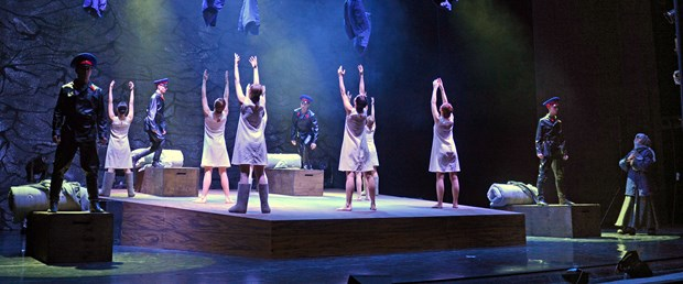 tiyatro-mesalesi-adanada-yanacak_1798_dhaphoto1.jpg