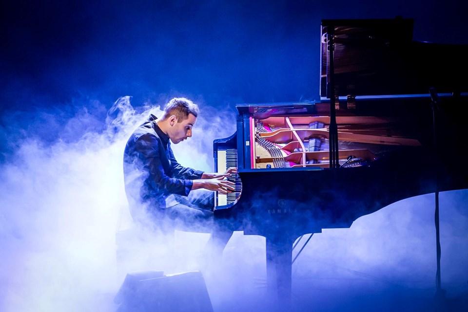 'Dünyanın en hızlı piyanisti' İzmir'de sahne alacak