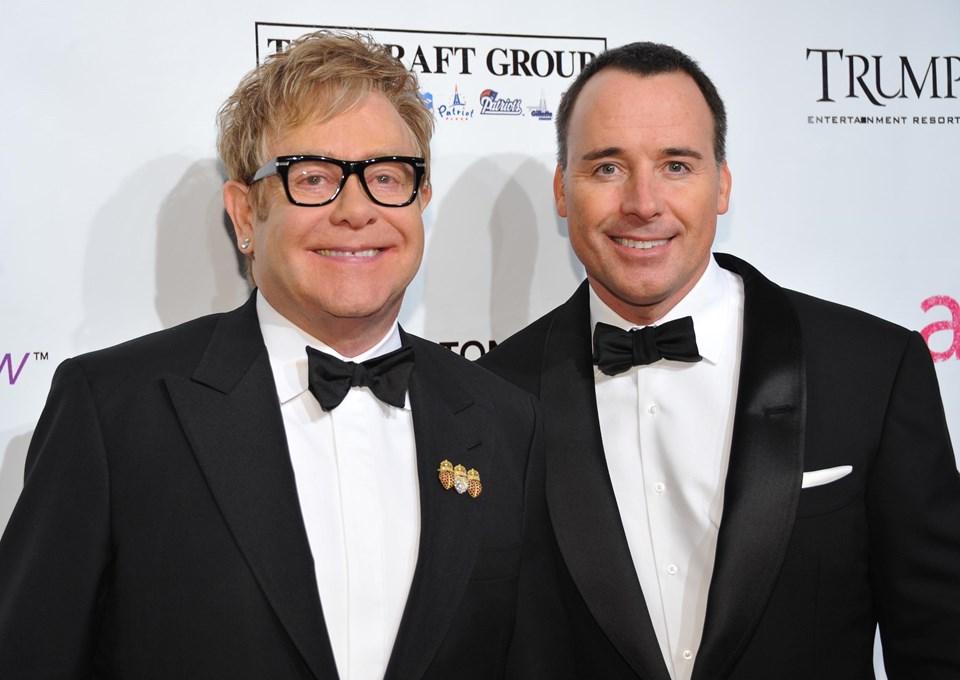 Elton John ile David Furnish 1993'ten beri beraberler.