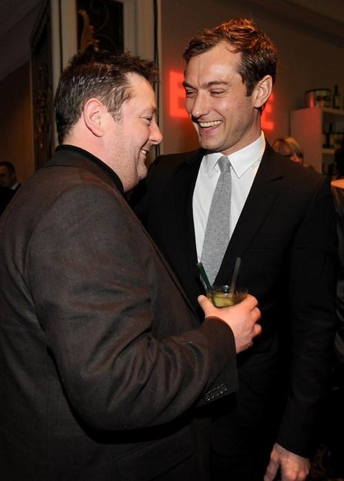 Johnny Vegas ve Jude Law