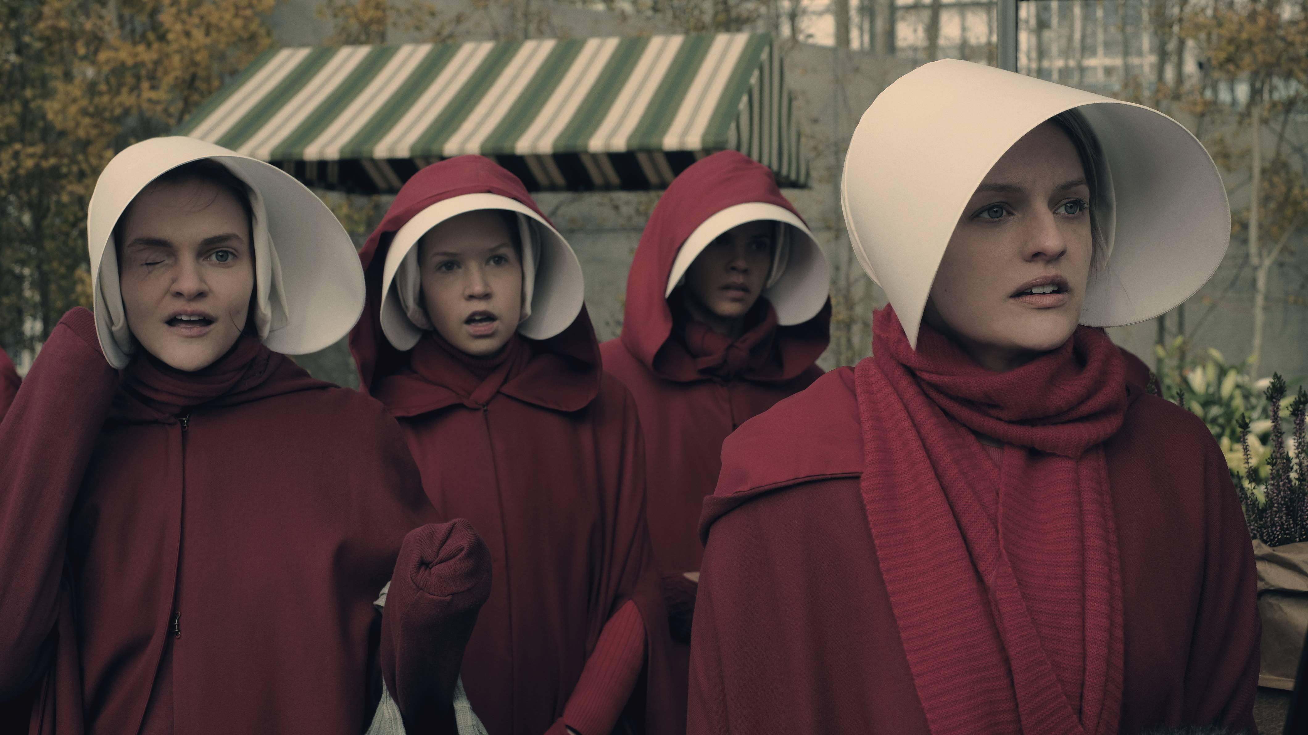 En İyi Dizi Emmy Ödülü'nü kazanan 'Handmaid's Tale' hakkında bilinmesi gerekenler