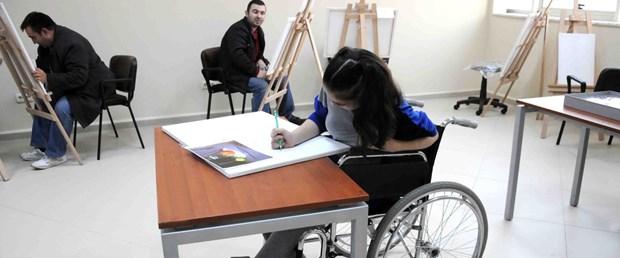 yeniden-fotografli-engelli-ressamlar-yeteneklerini-yaristiracak_7375_dhaphoto2.jpg