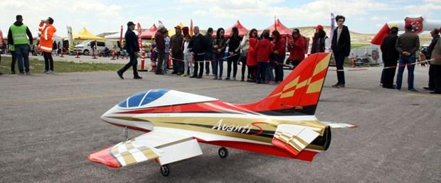 model uçak.jpg