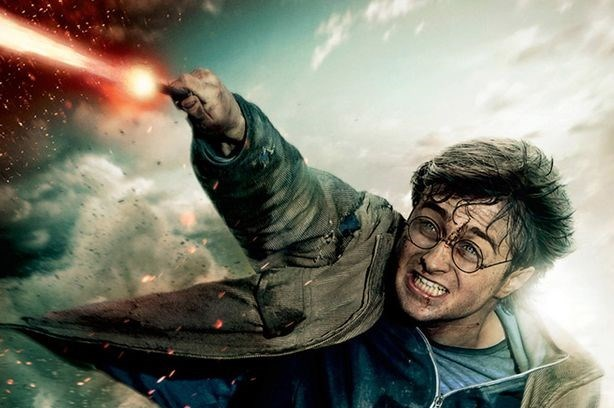 2001 ve 2011 yıllarında vizyona giren 8 Harry Potter filmi 7.7 milyar dolar gişe hasılatı yapmıştı.