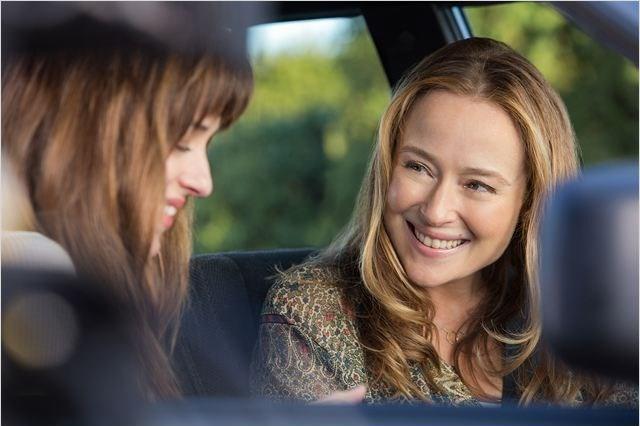Universal Pictures tarafından sinemaya aktarılan filmin imdb notu 4,2'de kallmasına karşın, dünya genelindeki toplam hasılatı 500 milyon doları aşmıştı.