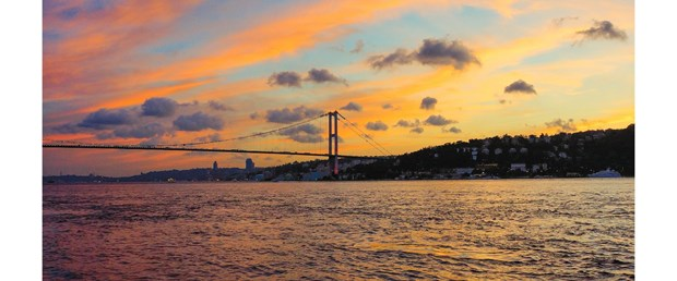 iki-ustadan-martilarin-gozunden-istanbul-fotograf-sergisi_8389_dhaphoto1.jpg